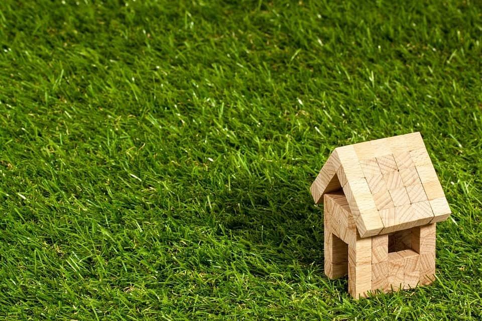 Long Term vs Short Term Property Rentals