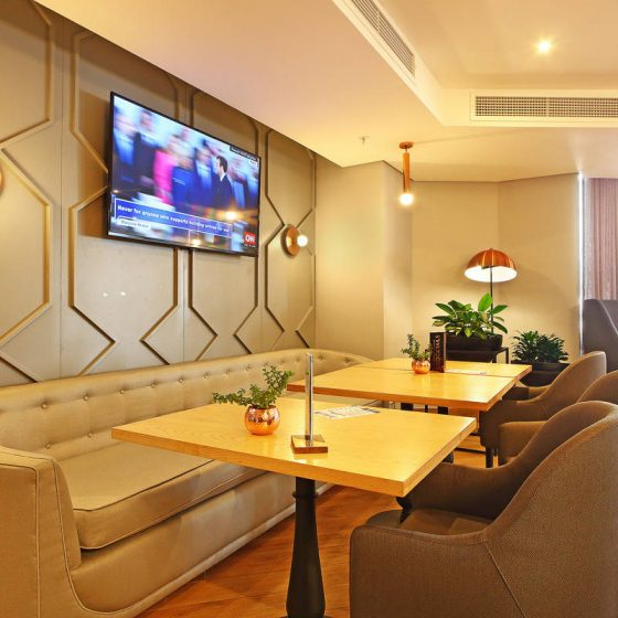 totalstay-triangle-luxury-suites-ext-6